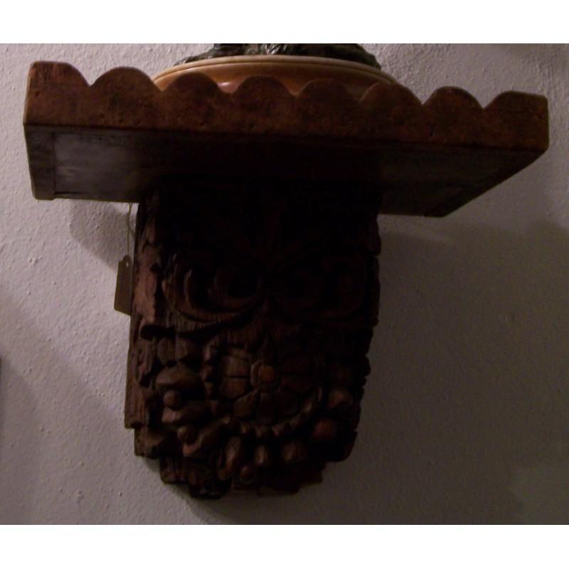mensula de madera .- con soporte